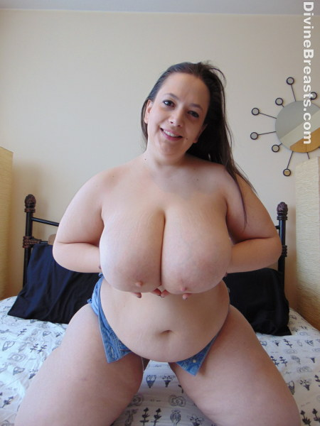 Beautiful big natural breasts and upskirt tease 4