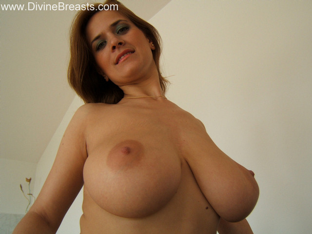 Get Free Huge Boobs to Your Email - Follow Us On Twitter