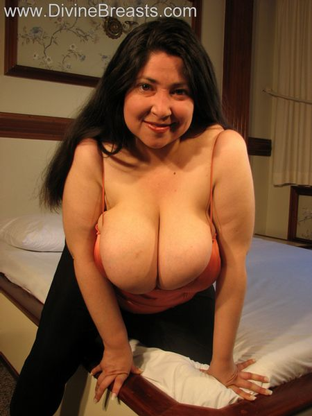 latinas titties