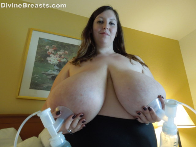 Porn pics related to bbw milk tits