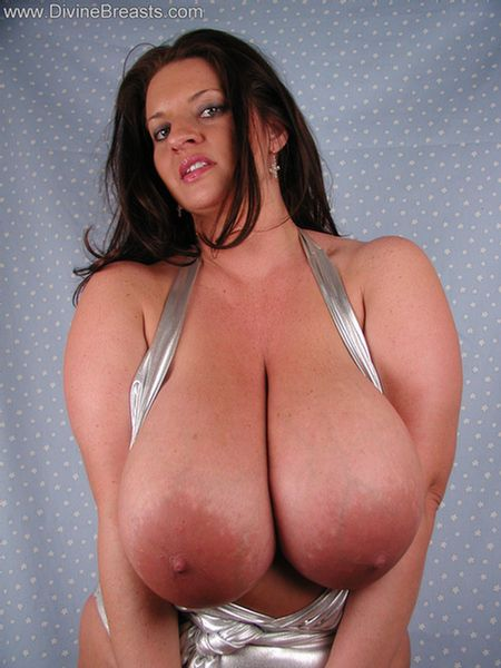 Big Tits Pictures and Big Boobs Videos