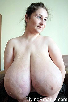 danni ashe morphed boob